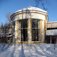 Бывшая оранжерея усадьбы Покровское-Стрешнево (конец 19 в).