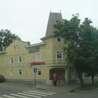 Улица Леонова, 3