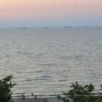 Приморская набережная - вид на Таганрогский залив