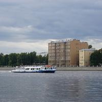 Река Малая Невка.