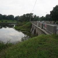 Река Славянка.Мост через реку Славянка.Павловск.