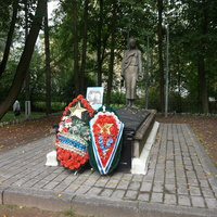 Павловск.Памятник воинам погибшим в ВОВ...Скорбящая мать.