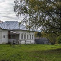 Дом причта на территории дома-музея художников Васнецовых в с. Рябово Зуевского района