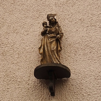 На стена дома на улице Бланкенберг