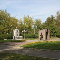 Часовня  Георгия Победоносца и памятник ветеранам боевых действий