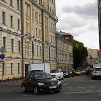 Старомонетный переулок