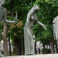 Скульптурная композиция, Прституция