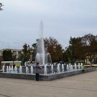 """Музыкальный фонтан .Сквер """"Юность""""."""