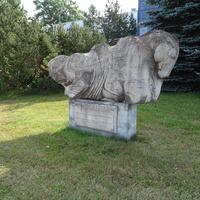памятник почтовым лошадям