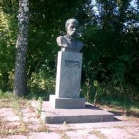 Черниш, пам'ятник Шевченко.  09.03.2017  09:59