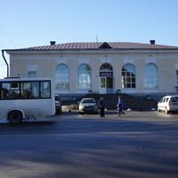 Здание ЖД вокзала.