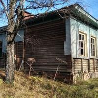 Здание заброшенной школы