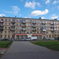 Варшавская улица.