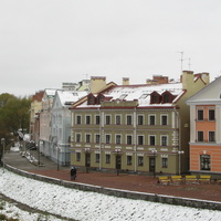 Жилые дома на набережной