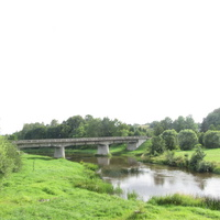 Мост на окраине города