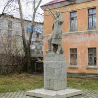 Памятник Попову А.С.