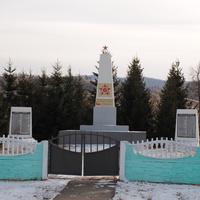 Памятник погибшим в ВОВ.