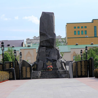 Памятник погибшим воинам на площади Ахмата Кадырова