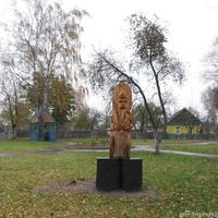Памятник древнеславянскому Богу Перуну