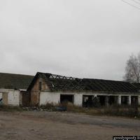Заброшенные строения села