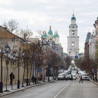 Удица города и Успенский Кафедральный Собор