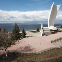 """Памятник """"Ладья"""""""