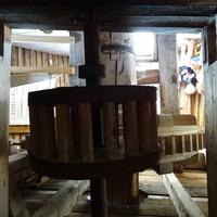 Холм ветряных мельниц, внутри мельницы, фрагмент