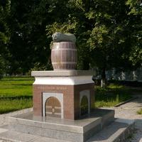 Памятник Нежинскому огурцу