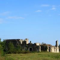 Развалины замка князей Чачба