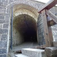 В стенах крепости  Аренсбург