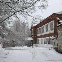 Бывшая школа на ул. Ленина, 96