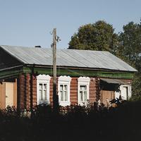 Дом с красивыми наличниками
