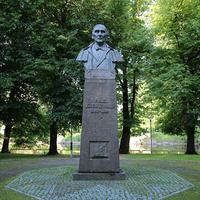 Памятник Крейцвальду