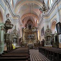 Внутри Францисканского костела Успения