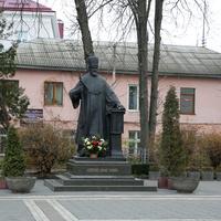 Памятник Иосифу Слепому