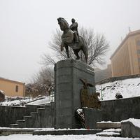 Памятник Ованесу Баграмян