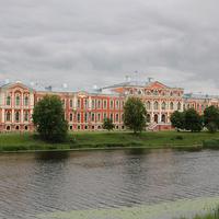 Городской Елгавский дворец
