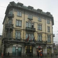 Дом рядом с вокзалом