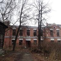 Старый дом на улице Первомайской
