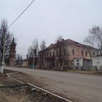 Купеческий особняк и Соборная колокольня