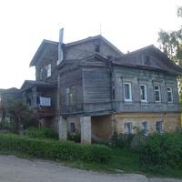 Старинный дом в городе