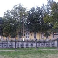 Старое здание почтовой станции