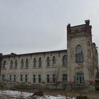 Старое здание в части города Свистухи