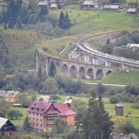 Старый и новый мост в Ворохтах