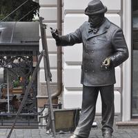 Памятник венгерскому художнику Игнатию Рошковичу