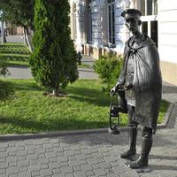 Памятник могилевскому железнодорожнику