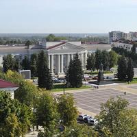 Площадь и здание политехникума