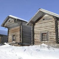 Амбары в селе Зуево