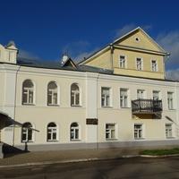 Здание историко-краеведческий музей в Боровичах