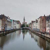 Канал в городе Брюгге
